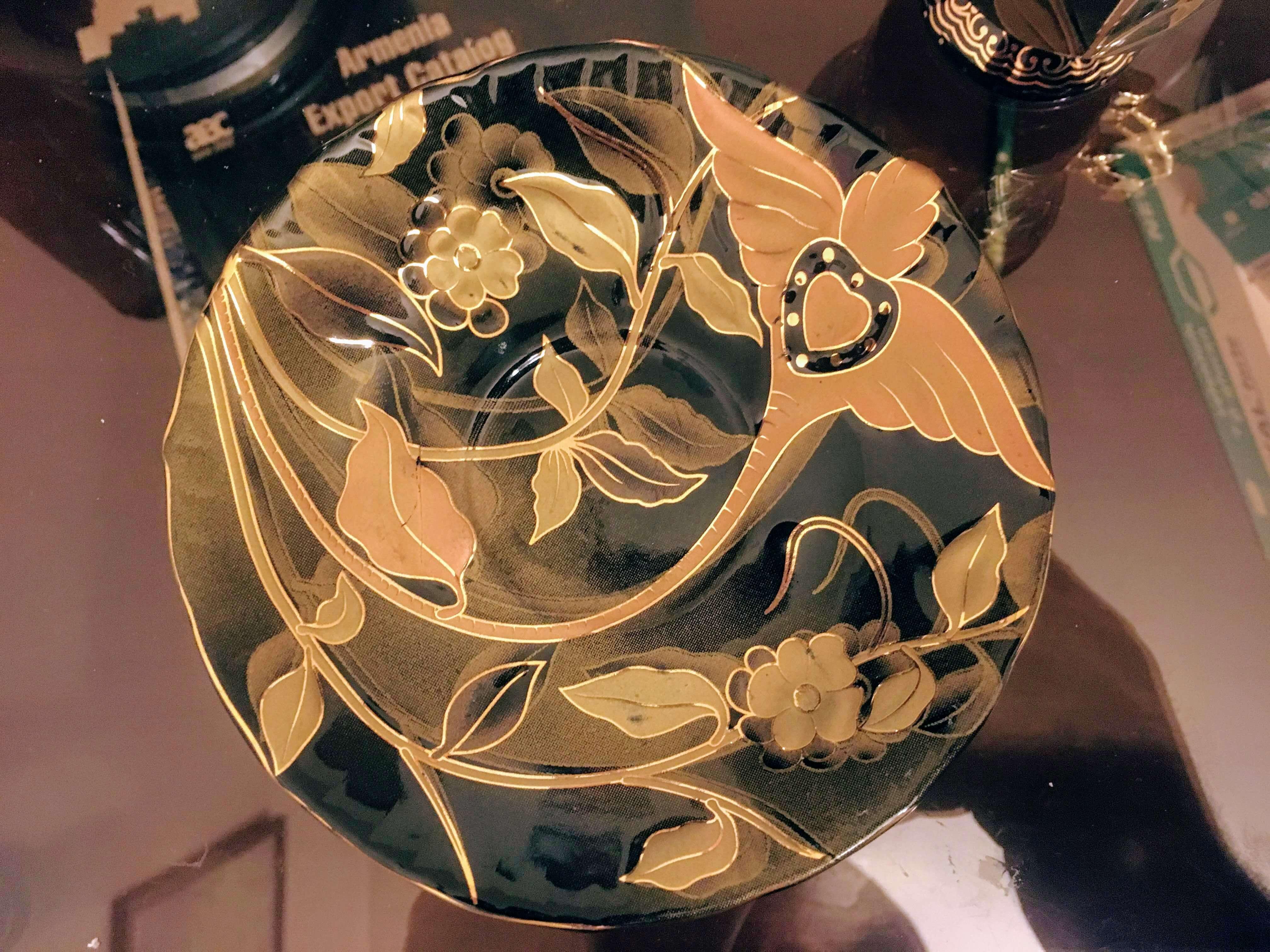 Золотые чашечки